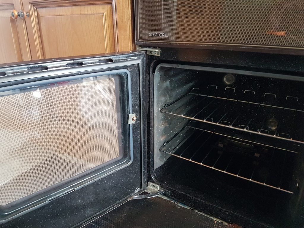Oven cleaning beeford
